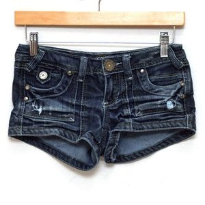 Almost Famous Shorts Womens 0 Med Wash Distressed